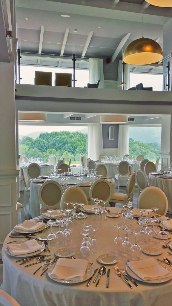 Restaurante abeletxe decoraci n arquitectura muebles para hoteles proyectos contract - Restaurante de edurne pasaban ...