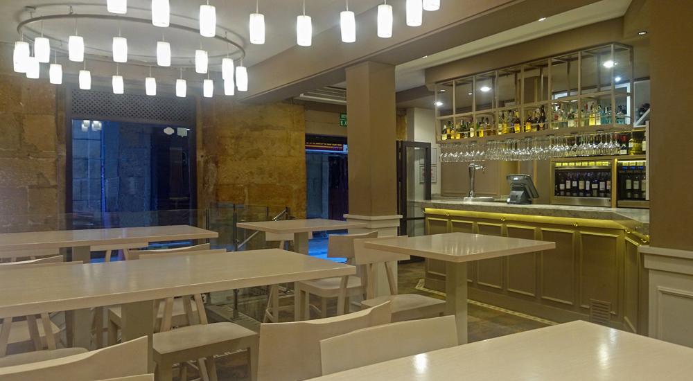 Interior del Restaurante Zumeltzegi en San Sebastián